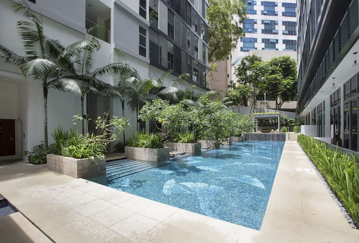 2br 4-6pax in Orchard 5 min to MRT - Singapore - Condominium