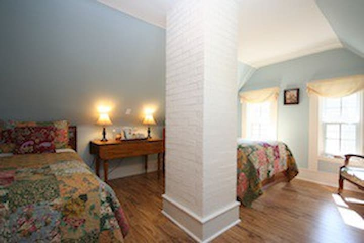 Fisherman's Daughter B&B (Hideaway) - Mahone Bay - Bed & Breakfast