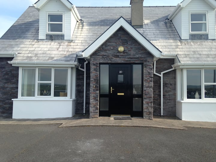 Waverley. Detached 4BD in Liscannor- Sleeps 9