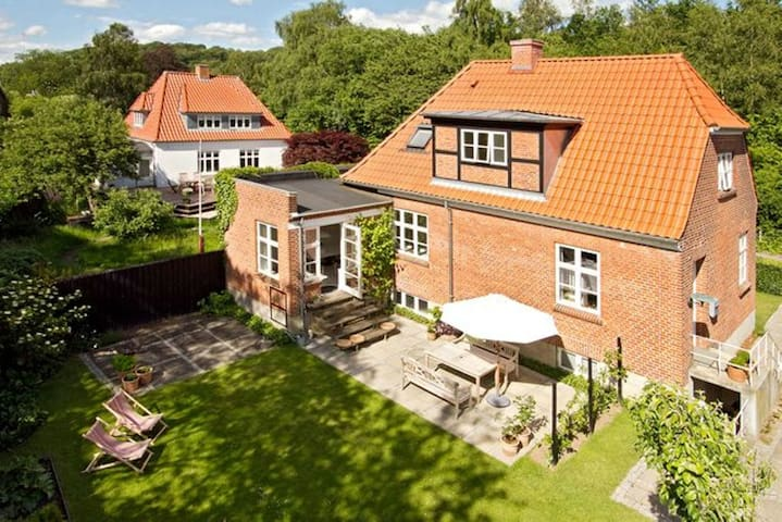 Cosy house with stream in garden - Vejle County