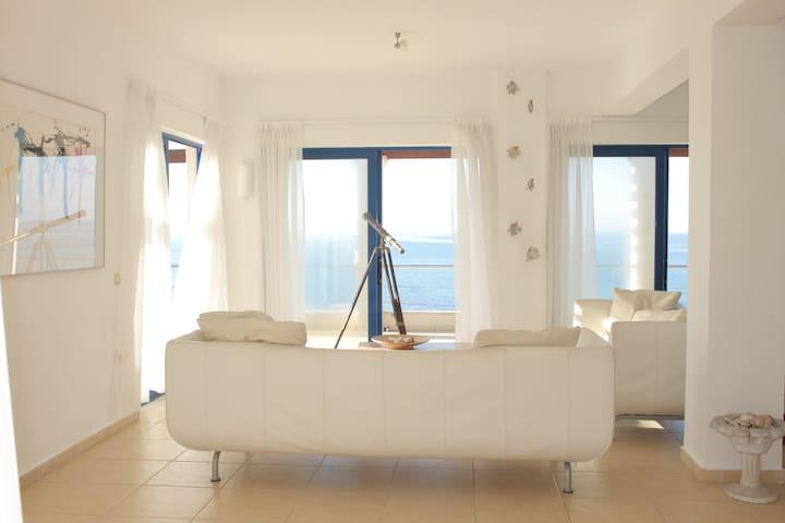 Spacious private beach Villa Corfu - Karousades