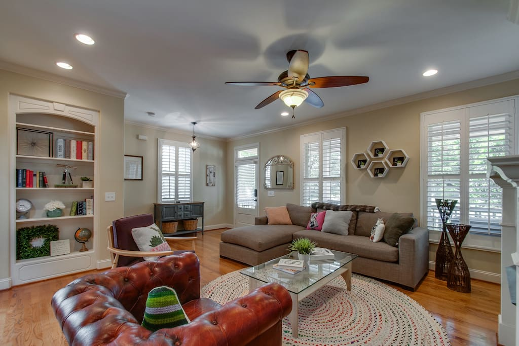 Large, open, and light-filled living room. Great space to relax and reload for your Nashville adventure.