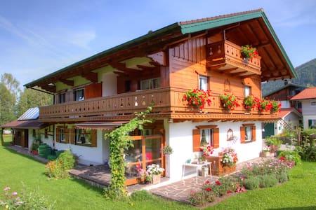 FeWo 4 Pers. Inzell 3 ZKB Balkon - Inzell - Appartement
