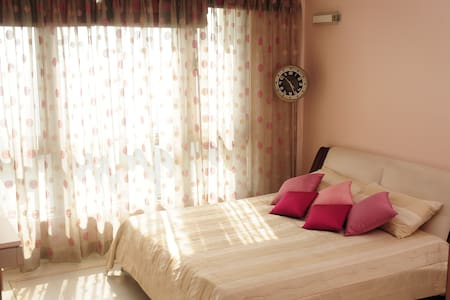 5 Star Budget homestay B&B, Mumbai - Apartment