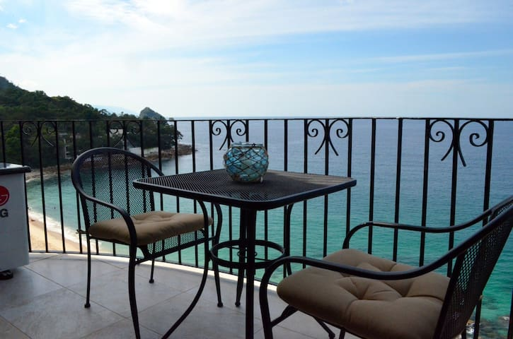 Beachfront tranquility - Puerto Vallarta - Apartment