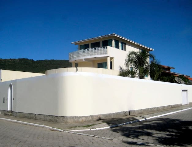 Villa walls for privacy, security and protection from the wind.