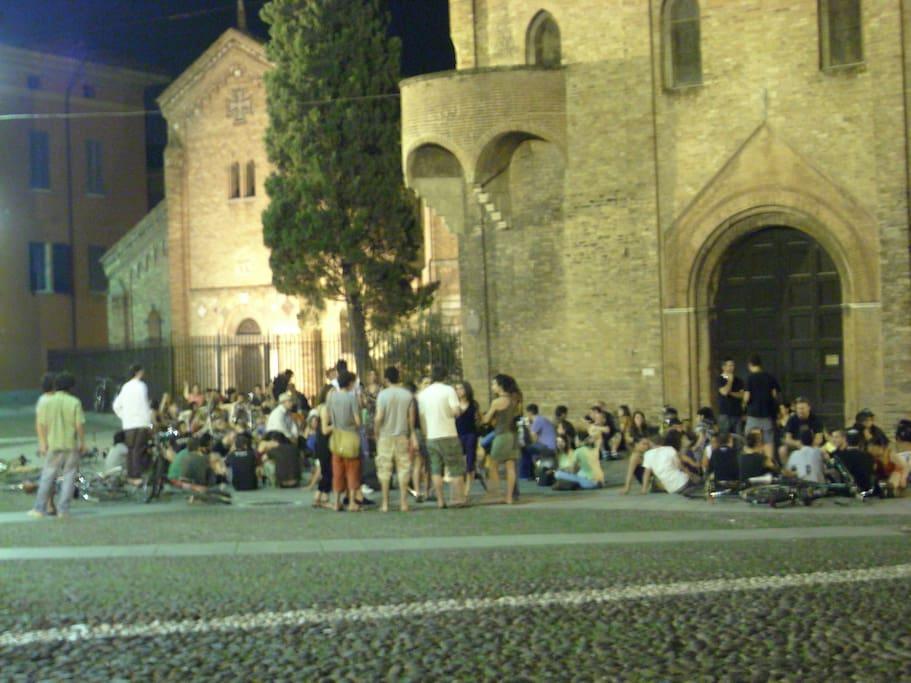 piazza santo Stefano di notte