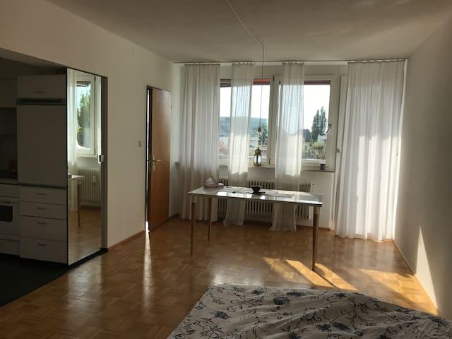 Beautiful 1 Bedroom Studio