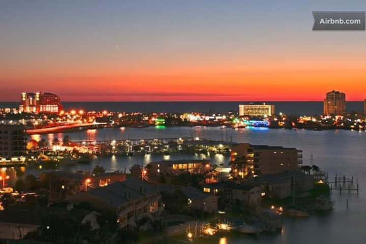 Sunset Walk on Waterfront 1 BD Apt