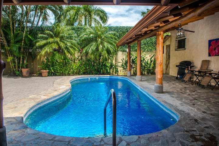 Villa Skeeter , Private Pool, Guarded community