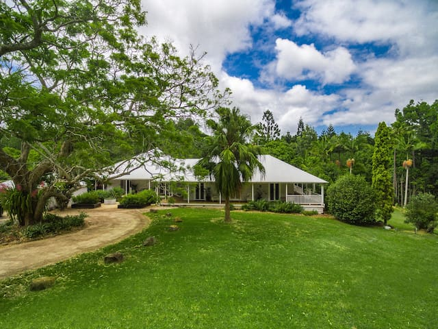 Byron Creek House - luxurious and majestic - Talofa - Casa