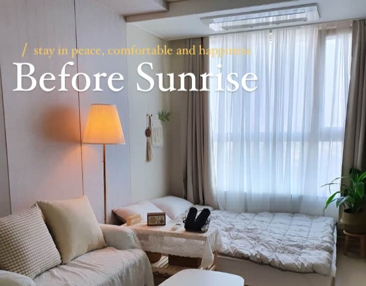 [Before Sunrise] 아늑한 공간에서 초고층뷰를 소중한 분과 함께 하세요✨🌅