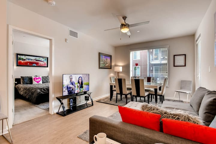 The Ultimate Luxury Downtown San Diego 2Bed/2Bath