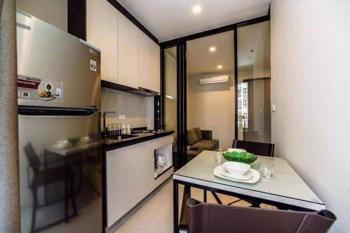 Pattaya September  Villas In Pattaya Airbnb Chon Buri - Condo type house