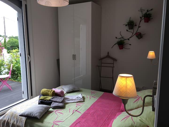 Chambre privée, salle de douche privative,terrasse