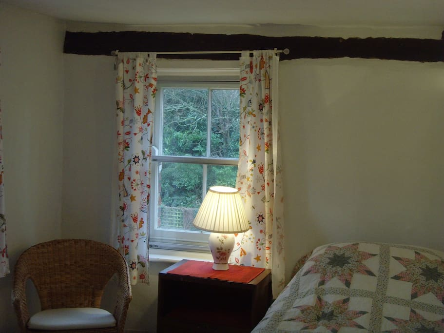 A double aspect room with 3 windows
