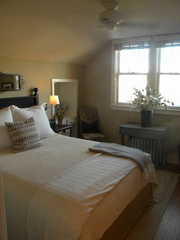 Cozy comfortable with views of the Laplata mountains and downtown Durango including the historical Strater Hotel.