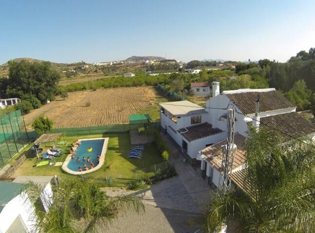 Magnífica casa rural con pista de Pádel - Álora - Casa
