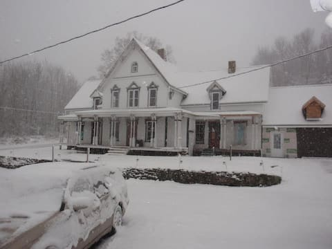 """""""Somewhere in time"""" Lakewood , Pa."""