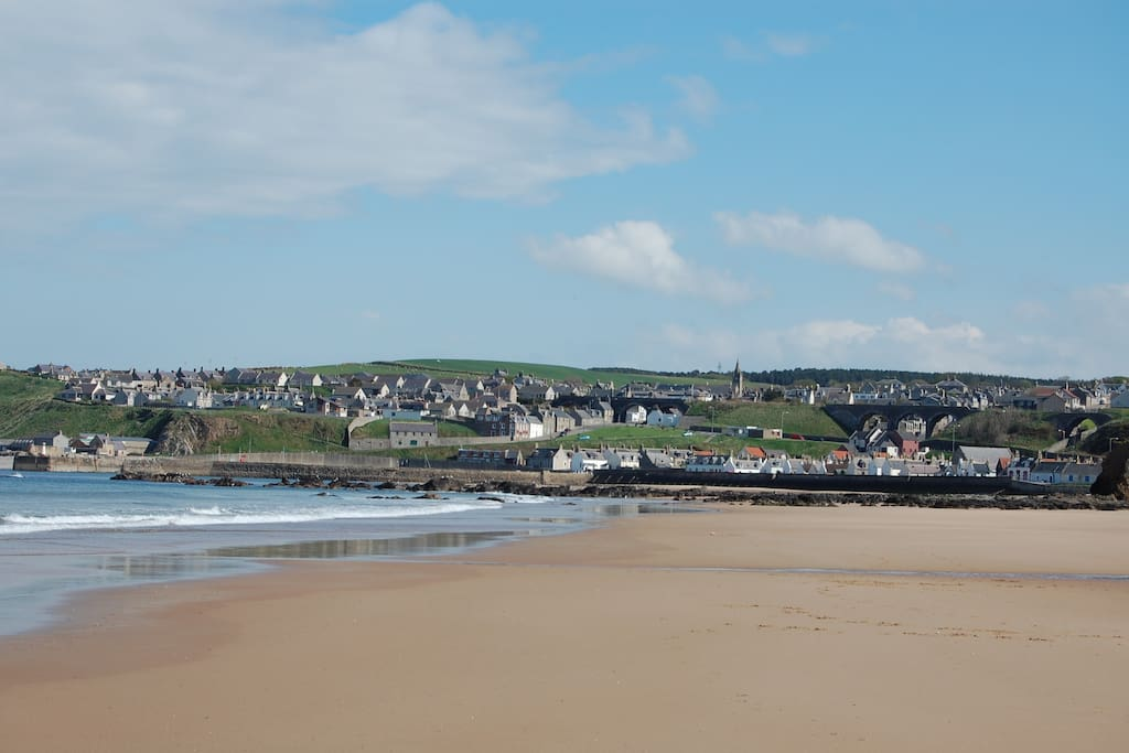Cullen from the beach. Old stone railway viaducts are now pedestrian/cycle path. Links golf course close by.