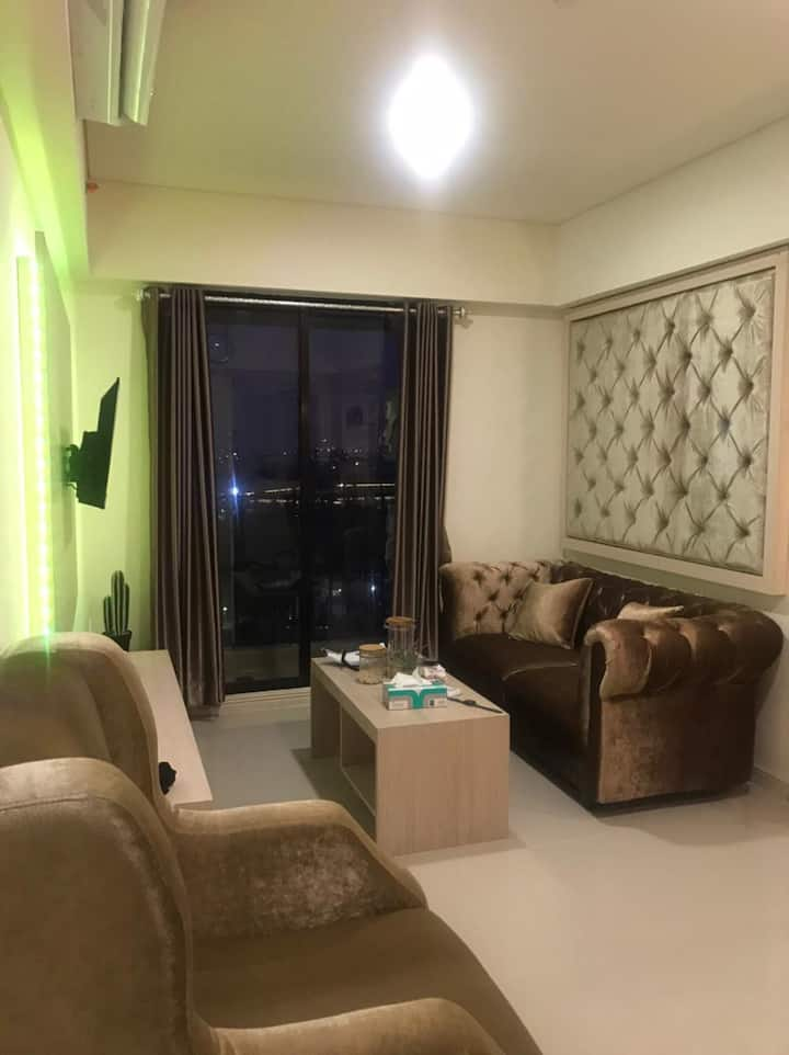 3BR Comfy Apartment in Meikarta District 1