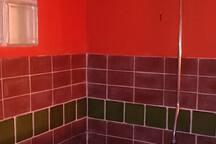 Salle de bain/Bathroom#2 -douche a l'italienne