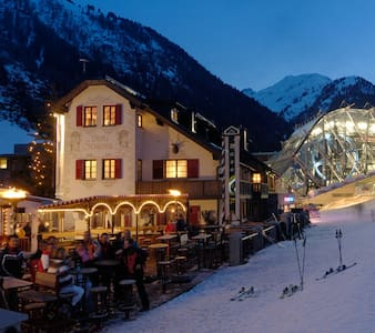Ski-in Ski-out - best place to be! - St Anton