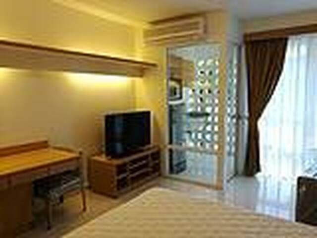 Bangkok city center Super location I HOUSE RCA