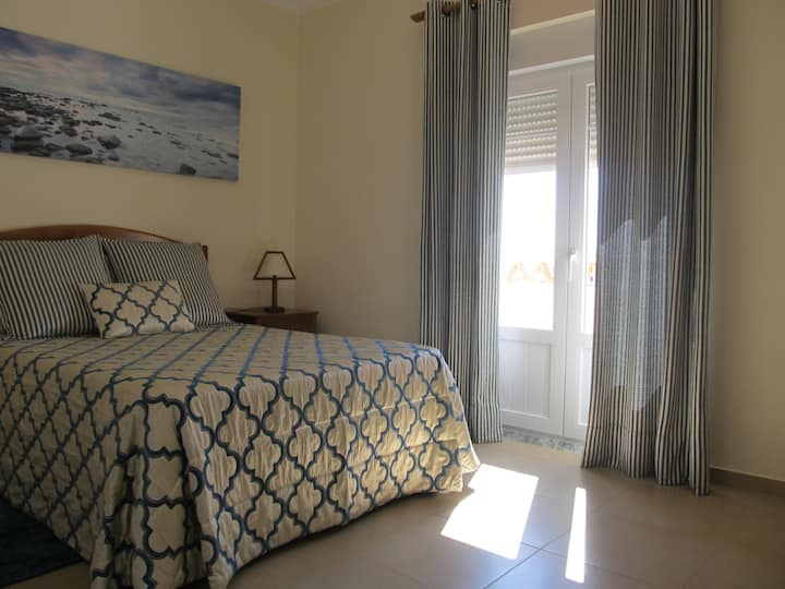 Casa Penedo do Forno Rooms Baleal!