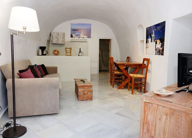 Bellissimo Cave House
