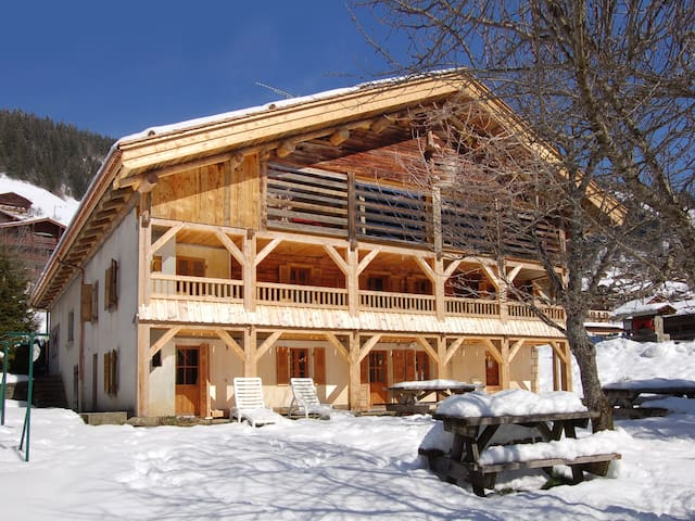 Chalet LE REPERE 3* in the heart of Grand Bornand