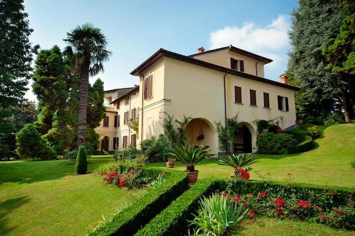 Villa Giani - Annone di Brianza
