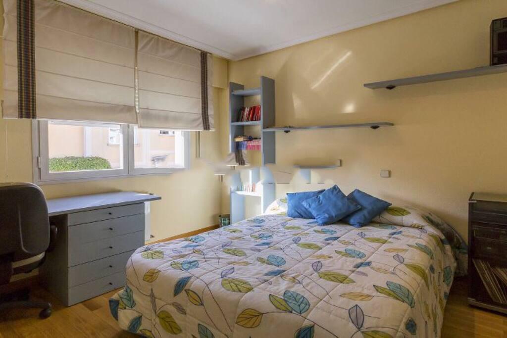 5 star cozy room bed breakfasts en alquiler en - Habitacion en alcobendas ...