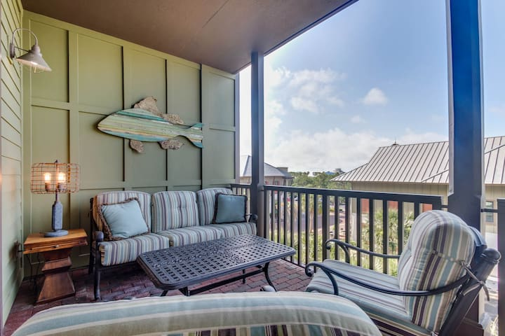 M1-308- Sleeps 10, Beach Service Included! Inquire for Fall Specials