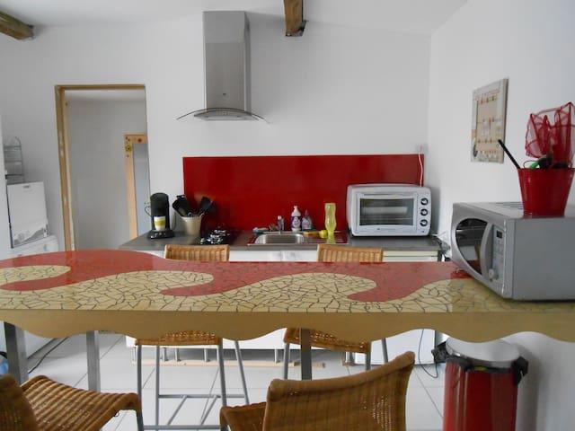 Maison de village proche plages - Le Verdon-sur-Mer - Casa
