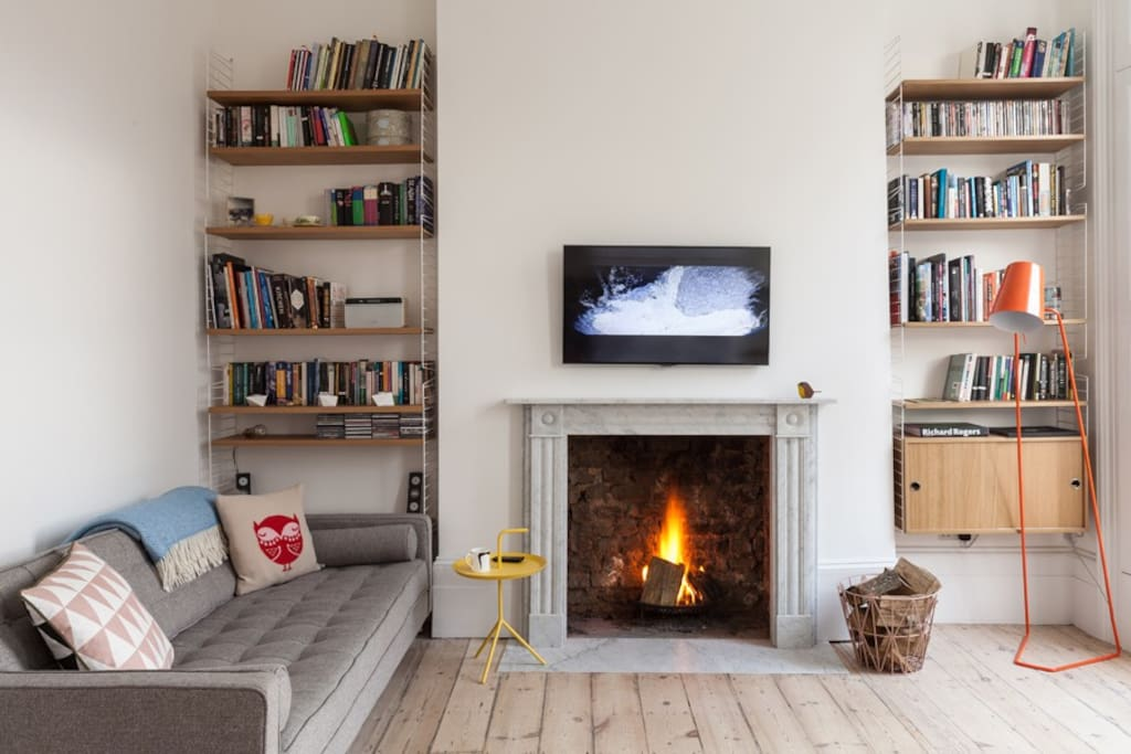 Open fireplace, 3 seater sofa bed (sleeps 2 extra people)