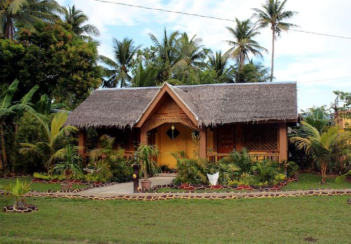Cozy  Room in Nativ Style Cottages - Buruanga Aklan - Apartament