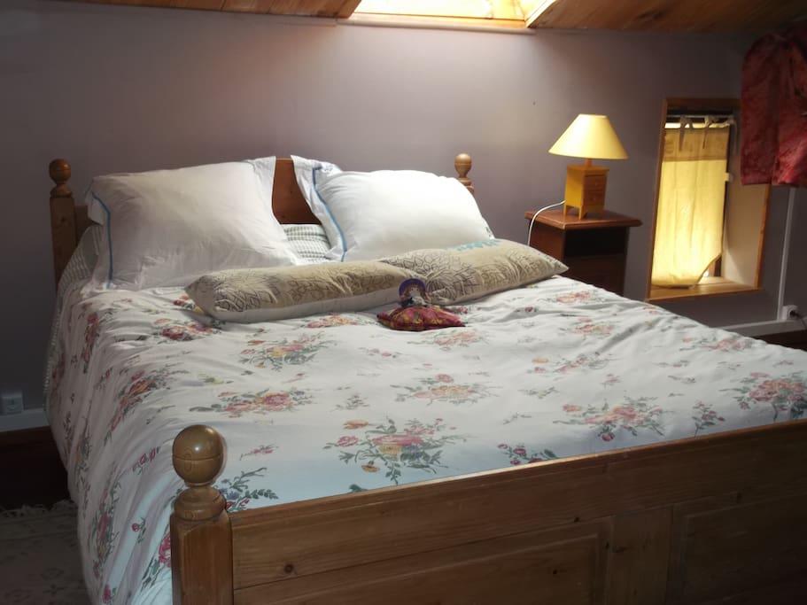 lit douillet à l'étage