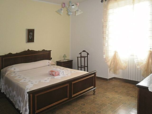 B&B La collina dei ciliegi - camera 1 - Sarule - Bed & Breakfast