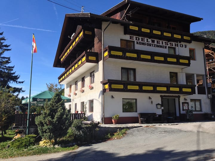 Family guest house Edelweisshof