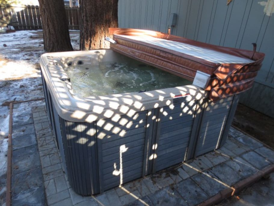 The hot tub/spa is located on the far side of the property so that you can gaze at the stars and enjoy the serenity of nature in privacy.