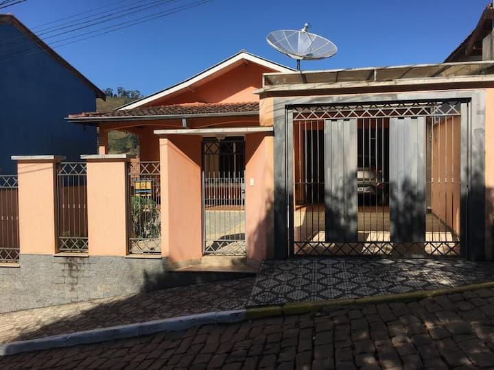 Casa no Centro de Gonçalves