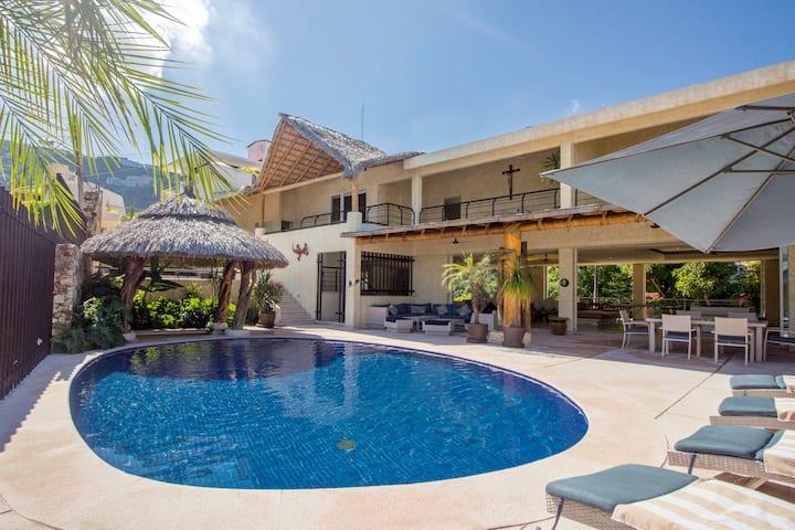 Hermosa casa con vista a la bahía de Acapulco