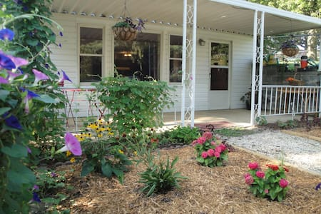 PET FRIENDLY APT CLOSE TO DOWNTOWN - Asheville - Wohnung