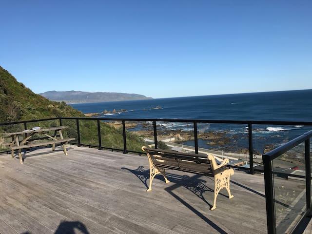 Island Bay Beach Retreat
