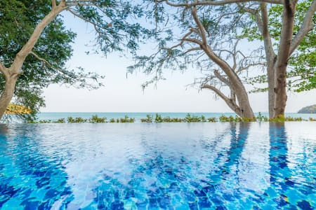 Koh Sirey Beachfront Pool Villa - Ratsada