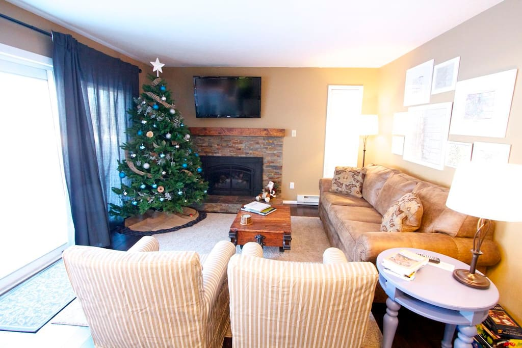 Remodeled December 2013.  All new furniture and appliances.