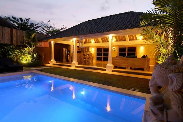 Villa Besar Villa#9 (2 bedroom)