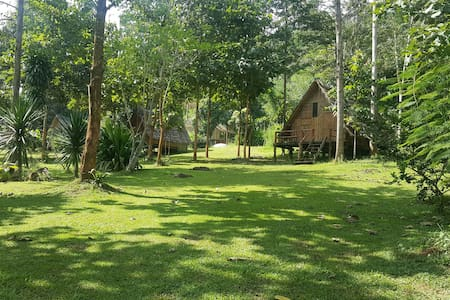 Bamboo Country Lodge - Amphur Maetang
