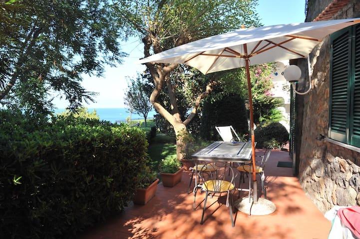 Dépendance - Sun, Sea and Comfort in Villa - Lacco Ameno - Huoneisto